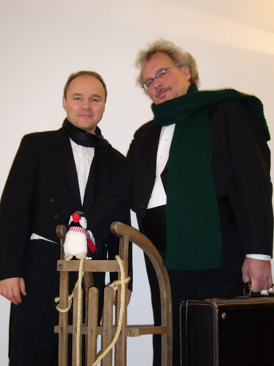 Benno Berlin und Gerrit Loets bringen das Erbe dieses Tausendsassas amüsant und schwungvoll auf die Bühne